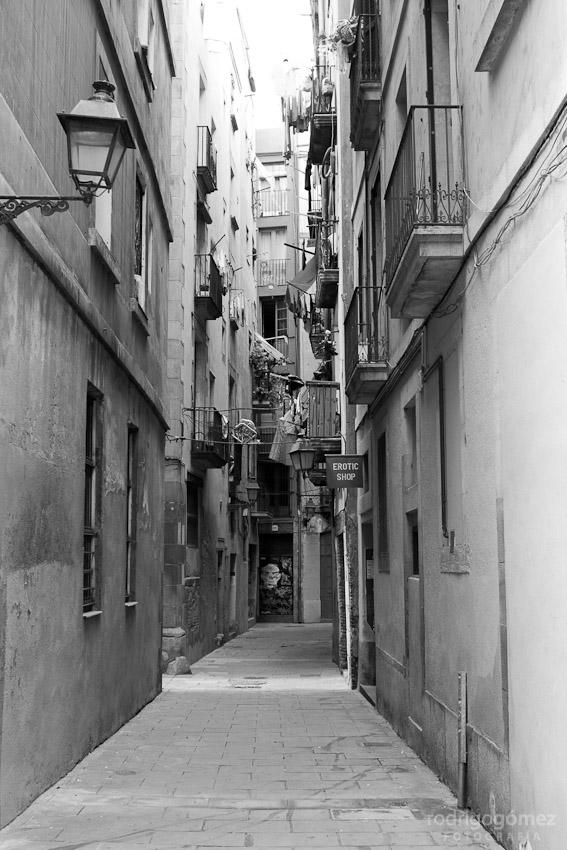 Barcelona... la de los callejones III (erotic shop)