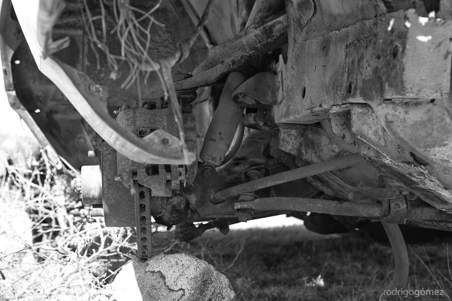 Estudio sobre un carro abandonado II