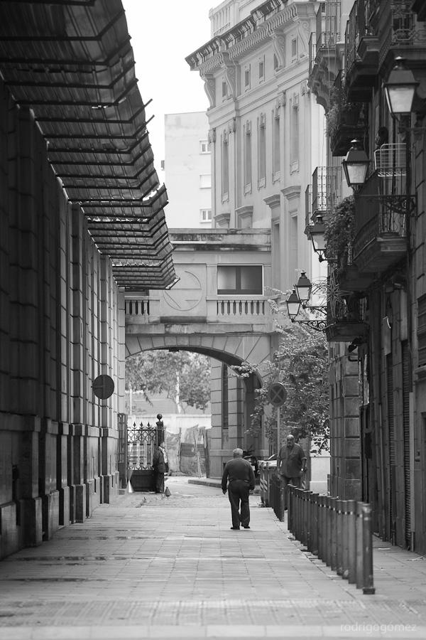 Señores en Callejí³n - Barcelona