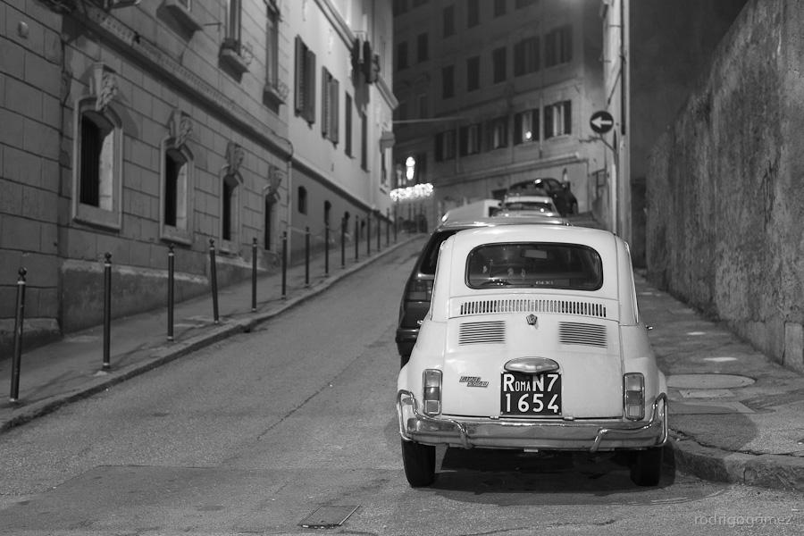 El coche blanco - Trieste, Italia