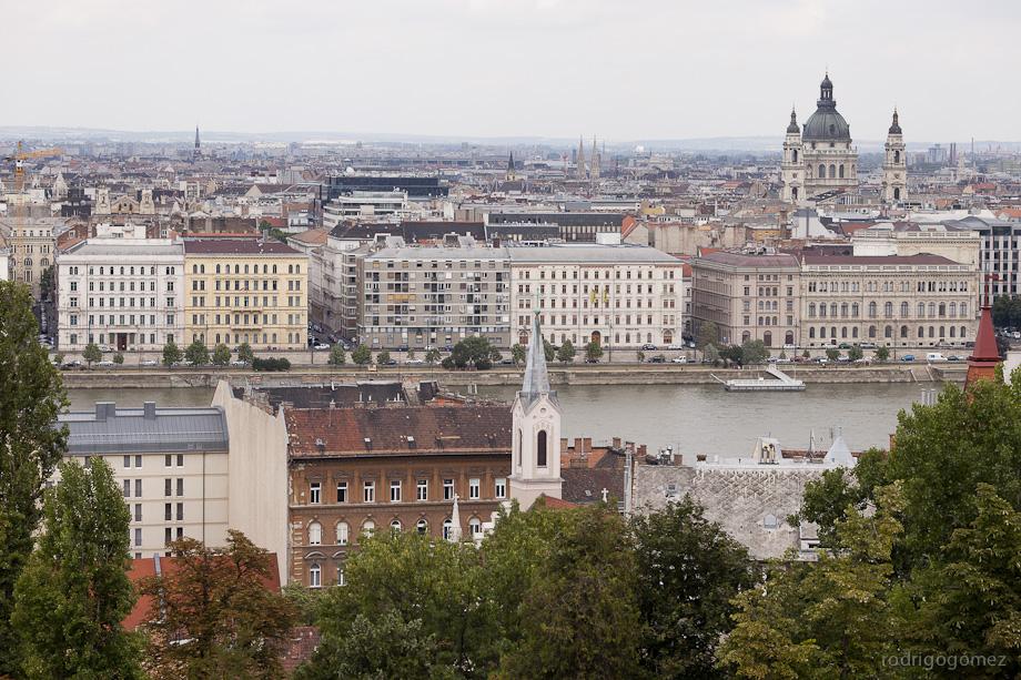 El Danubio y la Basílica de San Esteban - Budapest - Hungría