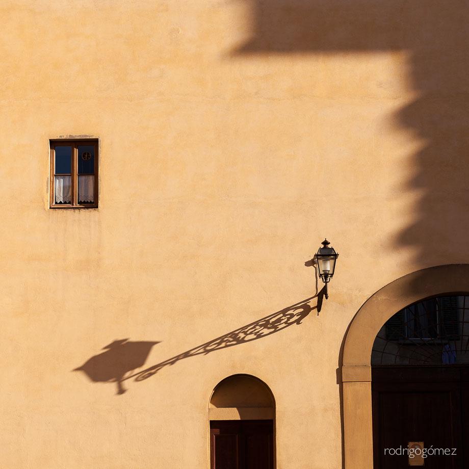 Sombras V - Farola - Firenze, Italia